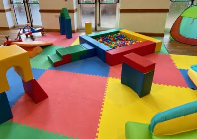 Soft play mats and ball pit